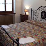06 room bed and breakfast italy