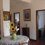 16 private villa tour and services